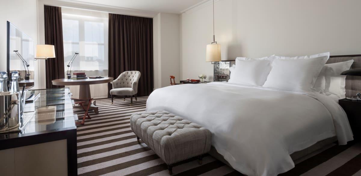 rosewood london haute grandeur. Black Bedroom Furniture Sets. Home Design Ideas